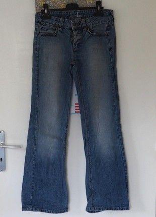 À vendre sur #vintedfrance ! http://www.vinted.fr/mode-femmes/jeans-evases/50550971-jeans