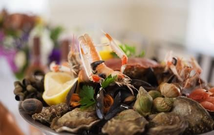 """Chez Lindsay specialises in French cooking from the Brittany region. Seafood and pancakes, """"the twin glories of Breton cooking"""" feature prominently on the menu and there is also a comprehensive selection of starters, salads, fish and meat dishes all typical of the region."""