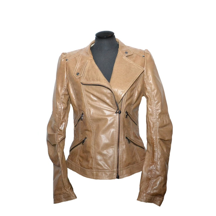 Cool colour for a leather jacket:)