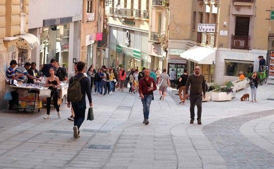 http://www.unionesarda.it/articolo/cronaca/2017/05/17/cagliari_a_piedi_da_palabanda_fino_a_piazza_garibaldi_quasi_due_c-68-601934.html