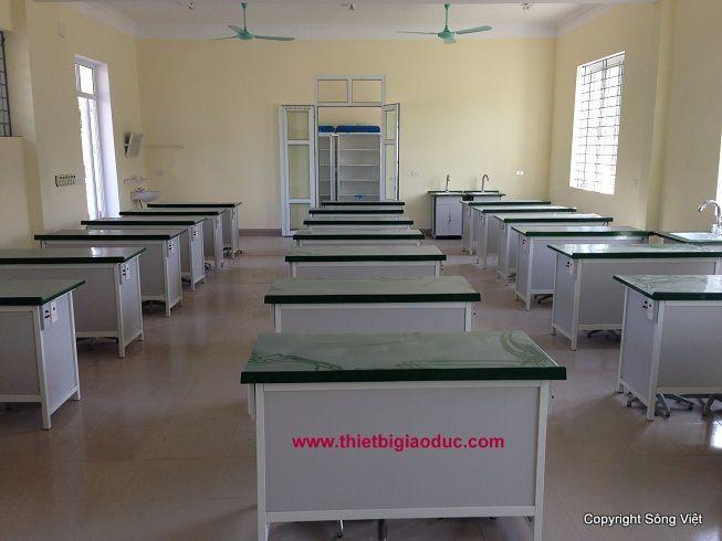 Bàn giao dự án các Phòng học bộ môn trường THPT Cửa Lò II - Công ty sản xuất thiết bị giáo dục Sông Việt