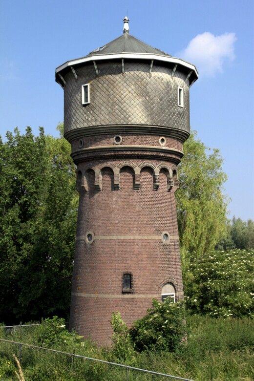 Watertoren Heinenoord.