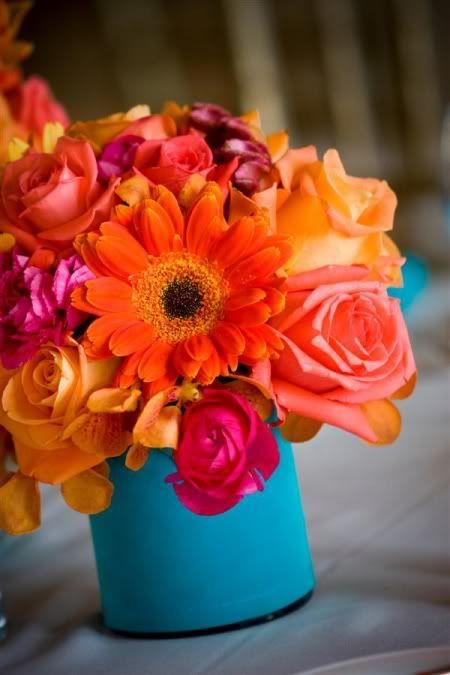 pink and orange.. a fav.: Gerber Daisies, Colors Combos, Gerbera Daisies, Flowers Arrangements, Wedding Flowers, Flowers Ideas, Coral Flowers, Wedding Centerpieces, Bright Colors