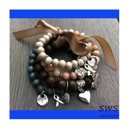 Sieraden, 4 houten armbanden in jeans blauw, beige en bruin tinten. (8mm kralen)