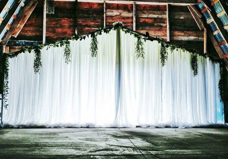 #cldesigns #cldesignteam #weddingbackdrop #weddingceremony #barnwedding #newbrunswickwedding #greenery #backdropgreenery