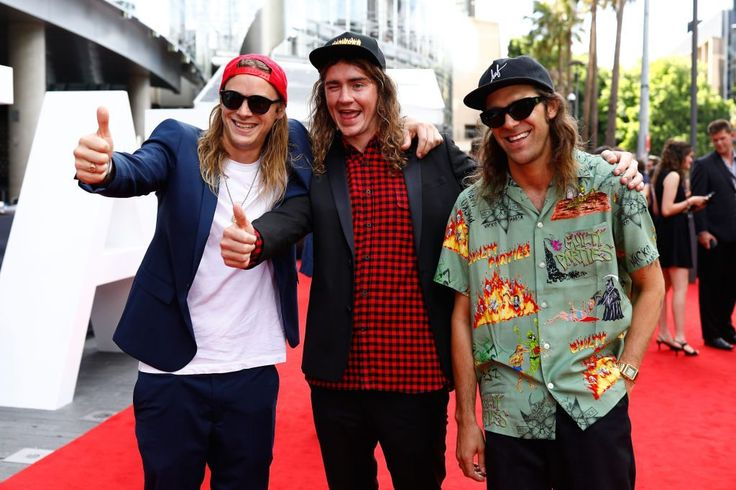 "The ARIA Awards Red Carpet Is Proof That Australian Men Struggle With ""Fashion"" - #AriaAwards"