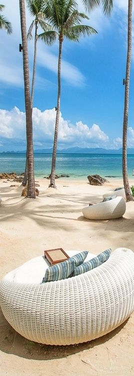 Four Seasons, Koh Samui - I can see myself in that wicker chair right now!
