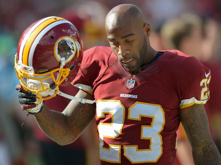 DeAngelo Hall Family | DeAngelo Hall during the Bengals game a week earlier (John McDonnell ...