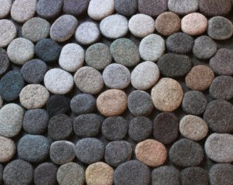 This carpet size is 100cm diameter. Each pebble is made by hand from 100% wool. They are glued at the base with a special carpet glue. Suitable for any home - childrens room, living room, bathroom or kitchen! Ready to ship.  Thank you for your interest