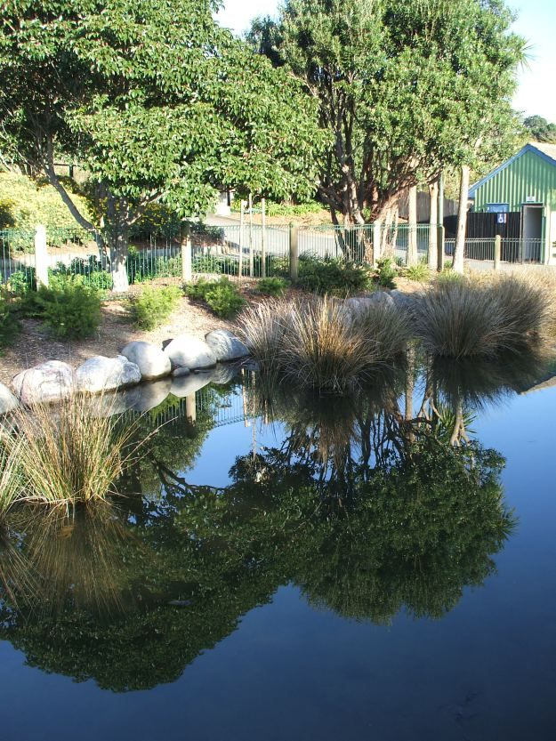 Go:  Aotea Lagoon  {Poirura}
