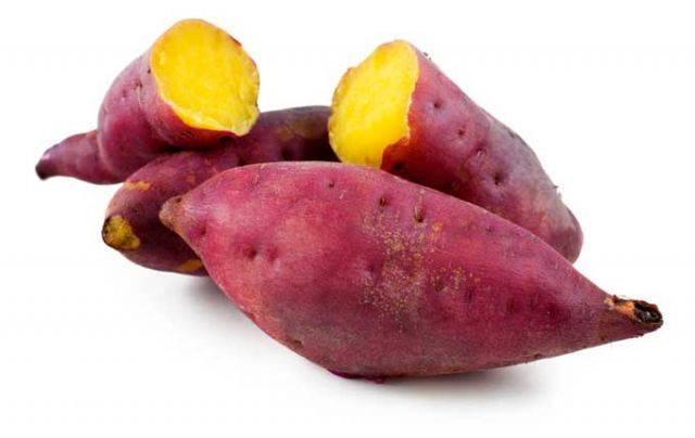 korean sweet potato <3 way better than a regular potato and american sweet potato. it is so yummy and a great diet food!