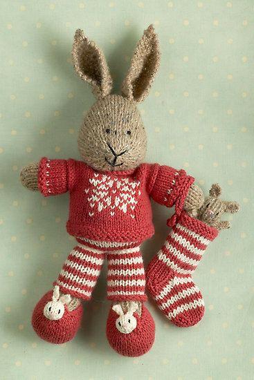 .Christmas Bunnies, Christmas Outfit, Cotton Rabbit, Knits Bunnies, Knits Rabbit, Christmas Ideas, Merry Christmas, Knits Projects, Christmas Lars
