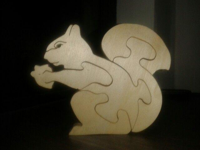 Scrollsaw puzzle scoiattolo