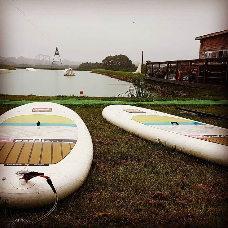 We tried out Stand Up Paddleboard Yoga with @bird_sol_ at @pembrokeshire_wake_park this morning. Fun refreshing and very very wobbly  Blog coming soon... #supyoga #wakepark #riseandshine #playsmartlivewell #wellbeing #fitness #sup #pembrokeshire #Wales