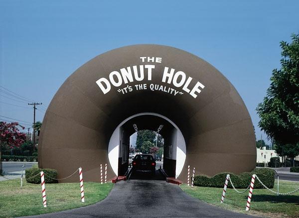 John Margolies #johnmargolies #trafficnyc #edelmanarts.com #america #americana #donut #doughnut
