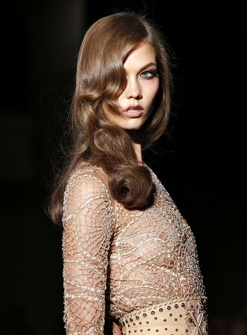 Karlie Kloss at Atelier Versace f/w 2012: Atelier Versace, Fashion Faded, Stylecouturehaut Couture, Hair Style, Karlie Kloss, Couture Fall Wint, Soft Waves, Carboxylic Block, Hair Inspiration