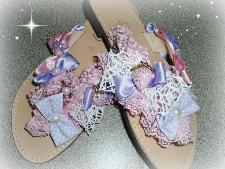 handmade sandals with strawberries, lace,bows,pearls only for vintage girls!!! #χειροποιητα #σανδαλια #handmade #summersandals #sandals #strawberry #lace #bows #pinup