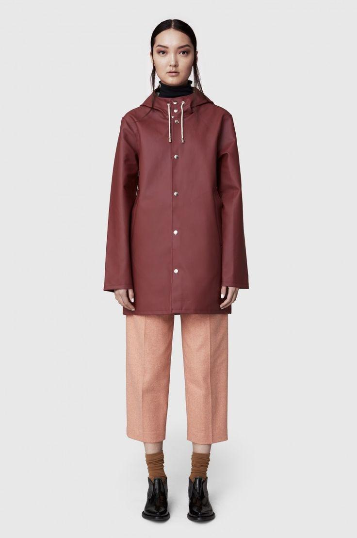 Stutterheim Stockholm Burgundy Raincoat – Stutterheim Raincoats