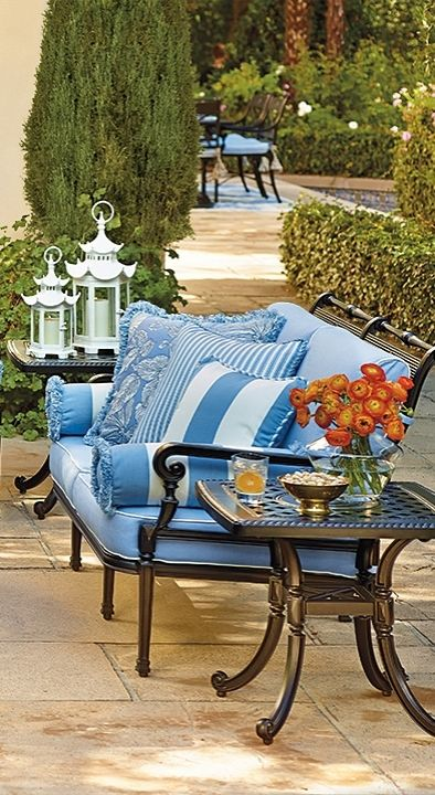 Our Carlisle Onyx Seating Collection offers more compelling choices than ever. The impeccable, grandly scaled cast-aluminum frames are crafted to stand the test of time. | Frontgate: Live Beautifully Outdoors
