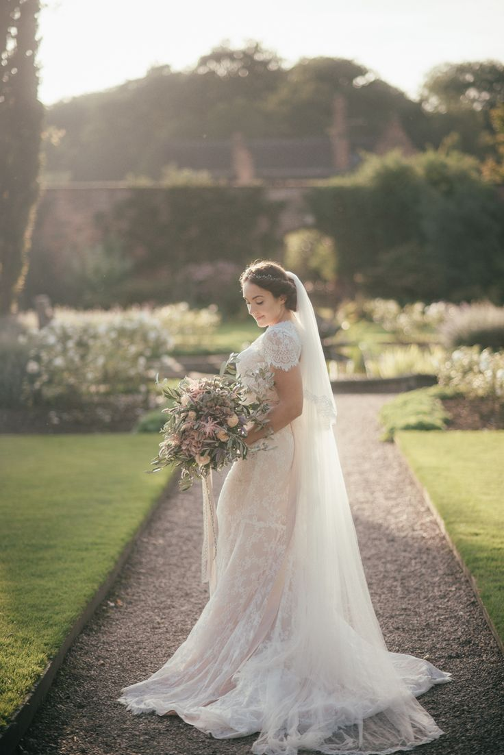 Lace Edge Veil Bride Bridal Fine Art Boho Luxe Garden Wedding Ideas http://www.lucygphotography.co.uk/