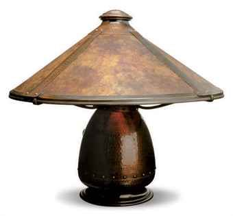 AN AMERICAN ARTS AND CRAFTS COPPER AND MICA TABLE LAMP,  BY OLD MISSION KOPPER KRAFT, CIRCA 1915,  Price realised  USD 4,375