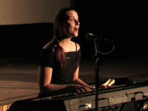 A Kicsi Hang együttes koncertje - Nagy László: Ki viszi át a szerelmet