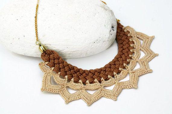 Collar trenzado - Joyería textil - Collar marrón y crema
