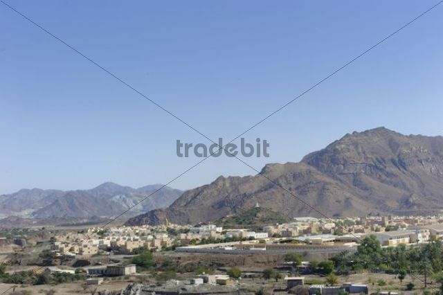 Oasis and Arab enclave of Hatta in front of the Hajar Mountains United Arab Emirates Arabian Peninsula Middle East Asia