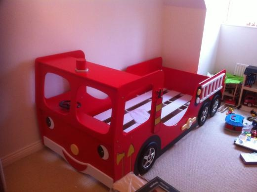 17 best images about kid s room on pinterest stop signs loft beds and ikea hacks - Ikea fire truck bed ...