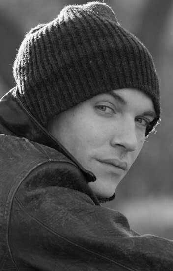 Jonathan Rhys Myers...those lips! i just want to bite them!!