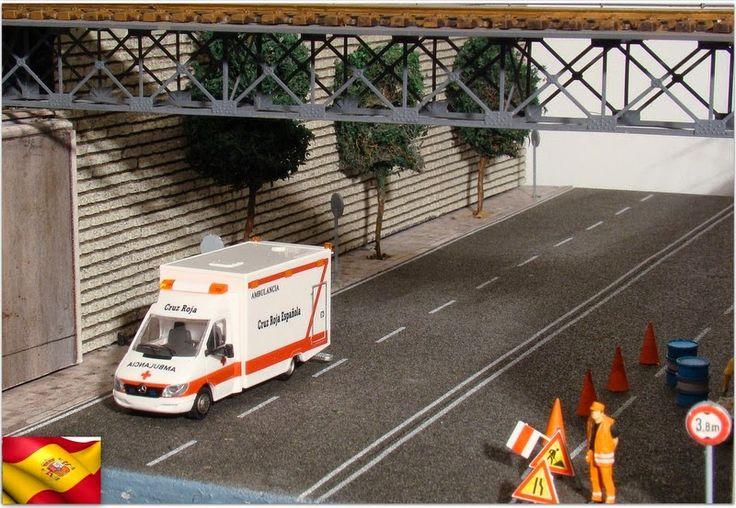 Ambulancia Cruz Roja española.