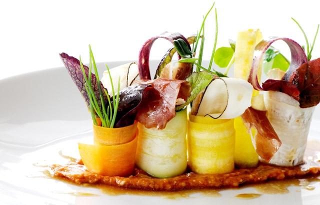 Jamón de bellota,verduras,ensalada y patata