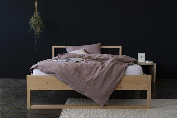 Minuuk Bett Ada In 2020 Wohnen Zirbenholz Bett Und Bett Eiche