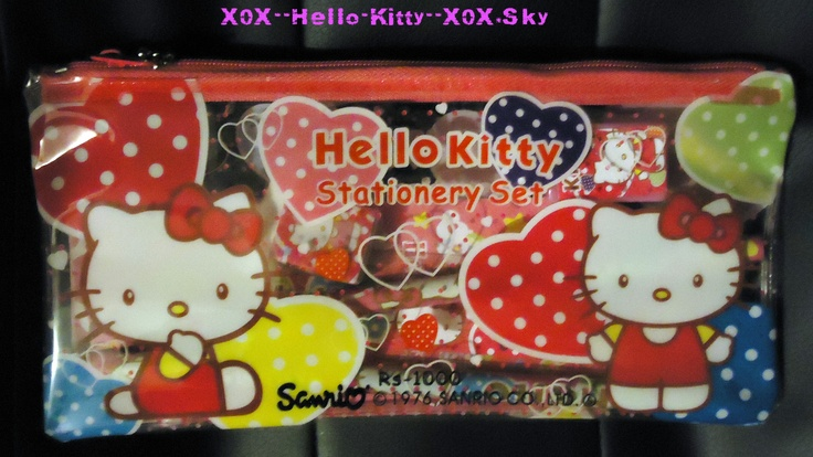 Petite Trousse Avec Crayons, Taille Crayon, Gomme A Effacer, Regle & Autocollants Hello Kitty