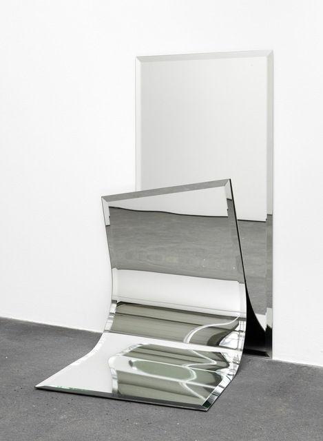"""ALICJA KWADE   Ungeklärte Zustände (2)"""", Alicja Kwade, 2012"""