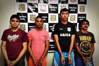 Quarteto suspeito de cometer homicídio é preso com armas e munições: ift.tt/2rUGhYK