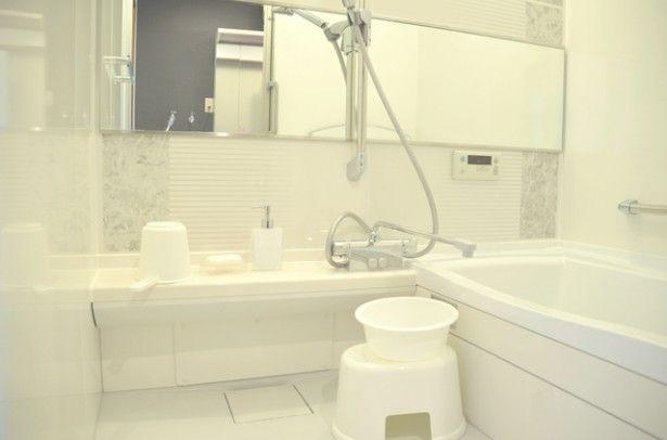 お前 水垢が落ちる優れものだったんだな お風呂場の鏡がピカピカになる簡単テクニックとは レタスクラブ お掃除 お風呂場 掃除