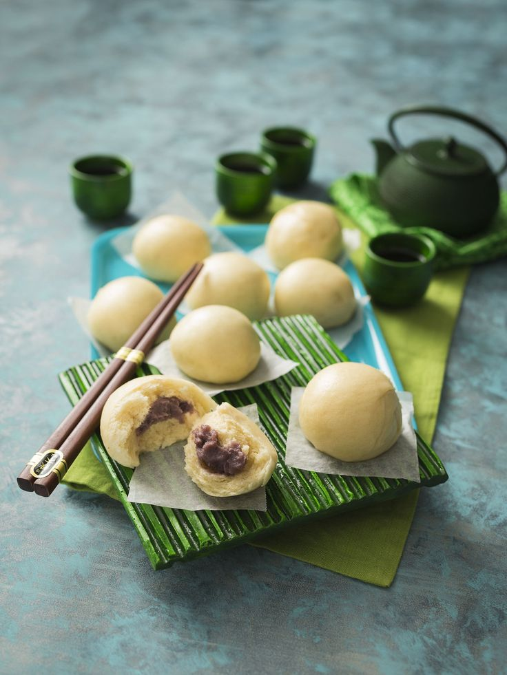 Dou sha bao (Steamed buns with red bean paste) | 2017 Thermomix Calendar