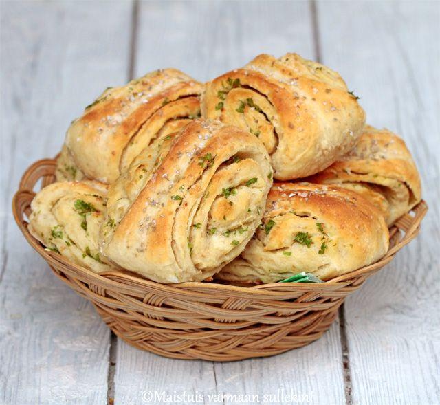 Kuten on jo tullut todettua, Valion uudet maustevoit ovat tosi monikäyttöisiä. Ne sopivat niin ruoanlaittoon kuin leivontaankin antaen ru...