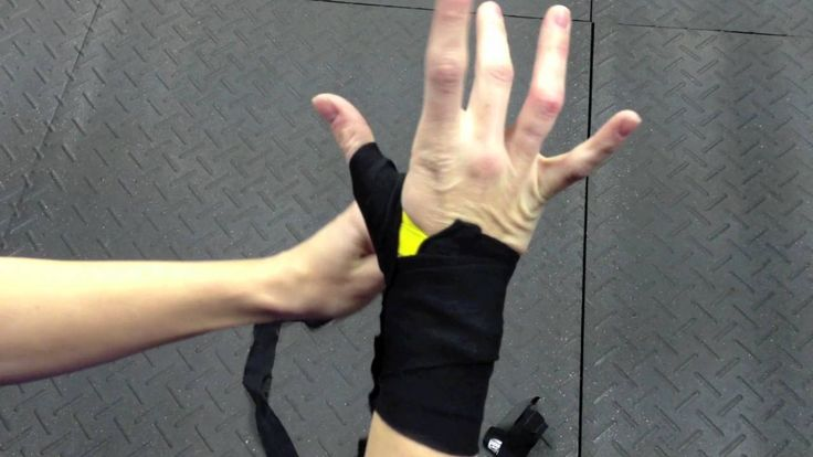 How to wrap your hands: An excellent video on wrapping the hands for boxing from Knockout Women Boxing.
