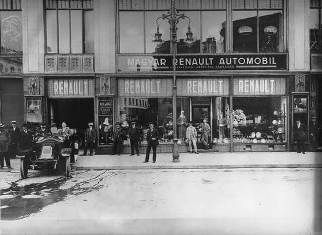 1915 Renault autóház Vörösmarty tér  Luxux áruház épület