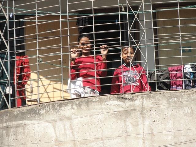 Diggin' Dhaka: Walking through some Dhaka suburbs