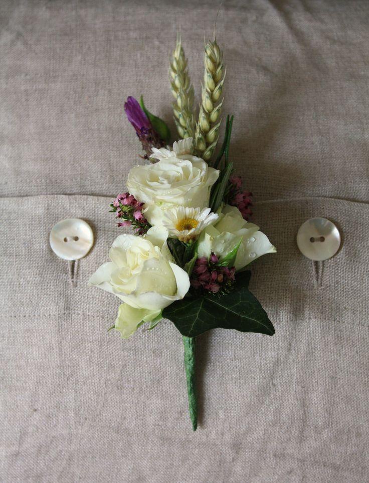 Simple, rustic, buttonhole
