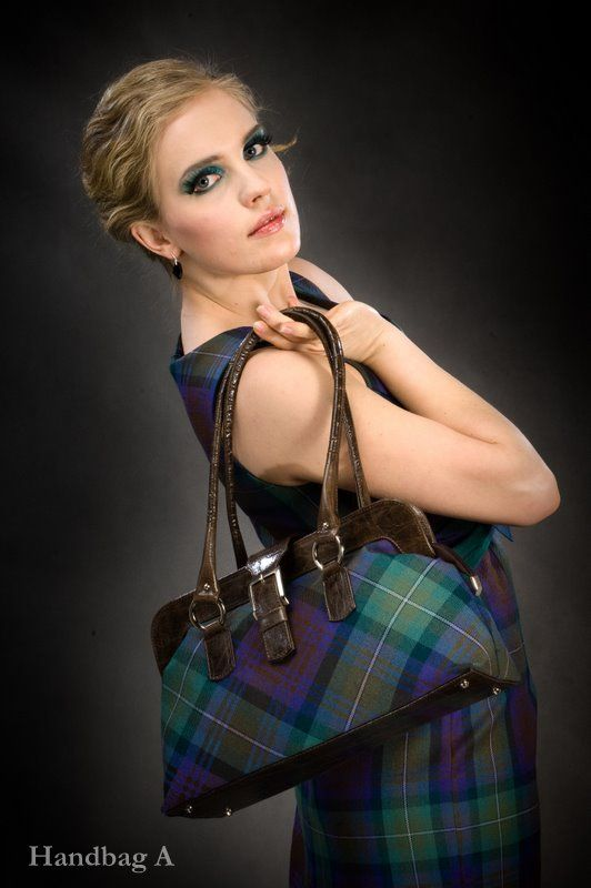 Click on the photo to go to our online shop.    Tartan Handbag, Choice of Tartan    Product ID: 9063