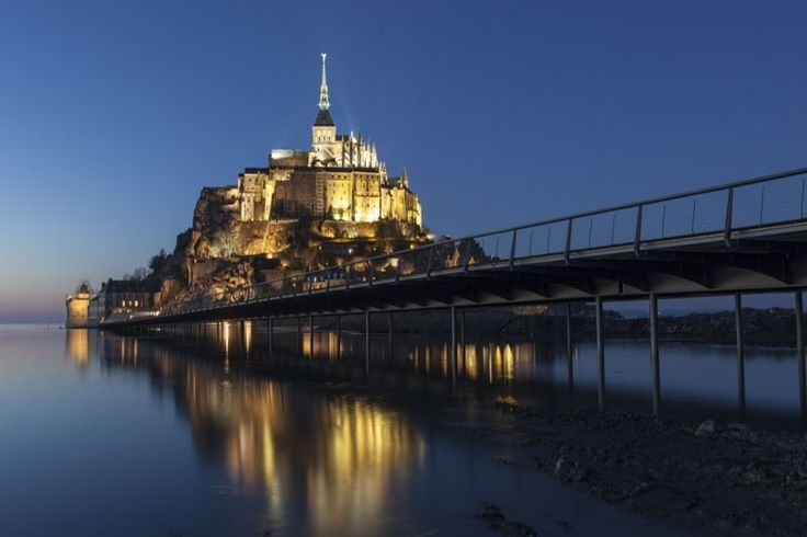 2015: Mont-Saint-Michel refinds its maritime character: Mont-Saint-Michel: French masterpiece renovated - After years of study and work, the Mont-Saint-Michel regains its maritime character as a proper island again from summer 2015. ©  Thomas Jouanneau
