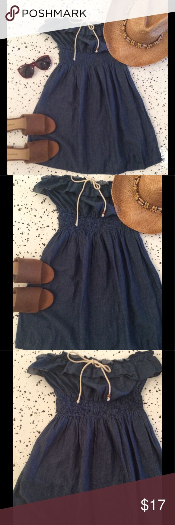Denim tunic Strapless denim tunic with ruffle! Pull on style. No flaws! Final Touch Tops Tunics
