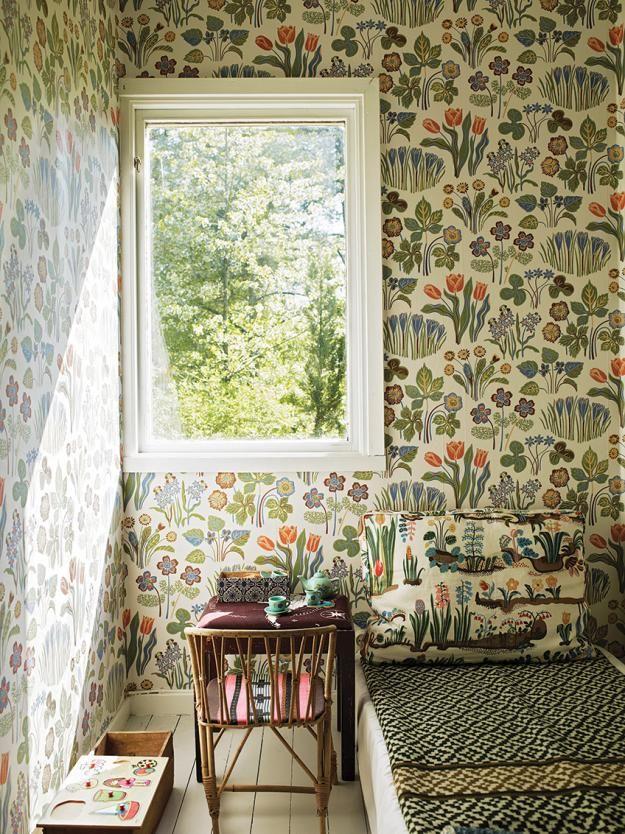 floral wallpaper | Josef Frank wallpaper.