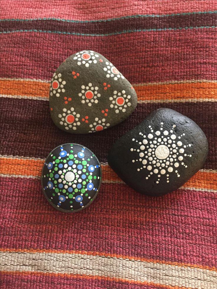 Dot work stones :) so fun!  #dotart #dotstones #stonepainting #rockpainting