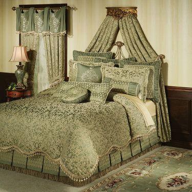 Aberdeen Damask Comforter Bedding