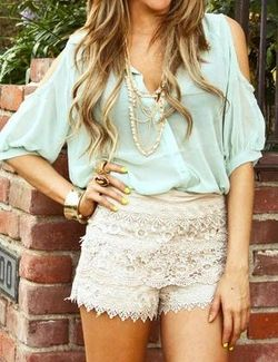 Mint and lace outfit.: Blouses, Mint Green, Dreams Closet, Shirts, Color, Crochet Shorts, Cute Outfits, Summer Outfits, White Lace Shorts